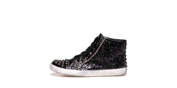 Dámske čierne lesklé topánky s okovanou špičkou Big Star