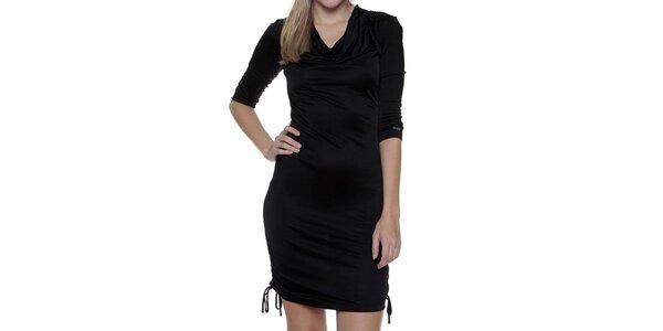 Dámske čierne šaty s nastaviteľným spodným lemom Guess