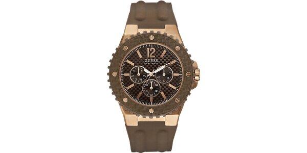 Pánske hodinky s hnedým silikónovým remienkom Guess