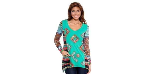 Dámska zelená tunika s farebnou potlačou Peace&Love