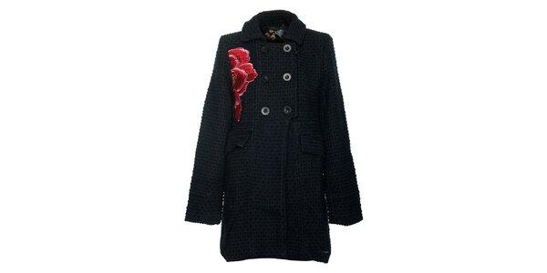 Dámsky tmavý kabát s kvetinovou aplikáciou Desigual