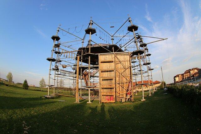 Lanové centrum – Kryštálová veža