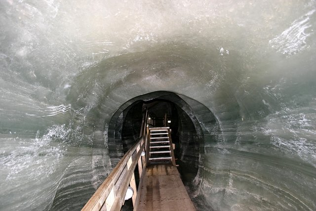 Dobšinská ľadová jaskyňa