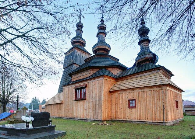 Drevený gréckokatolícky chrám sv. archanjela Michala