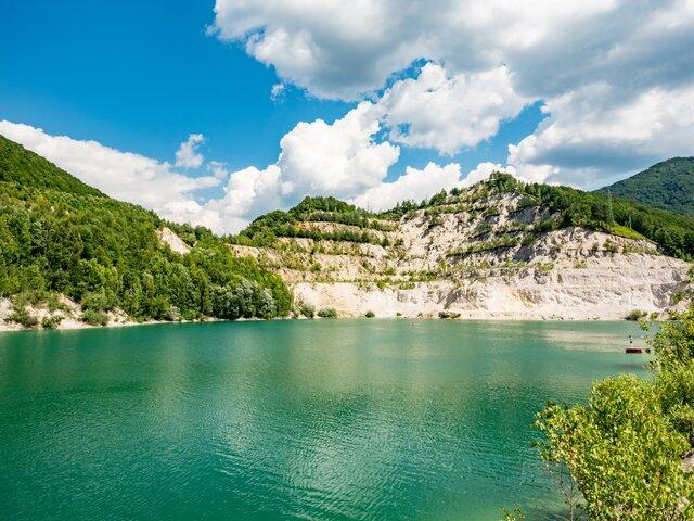 Šutovské jazero (Zatopený lom Kraľovany)