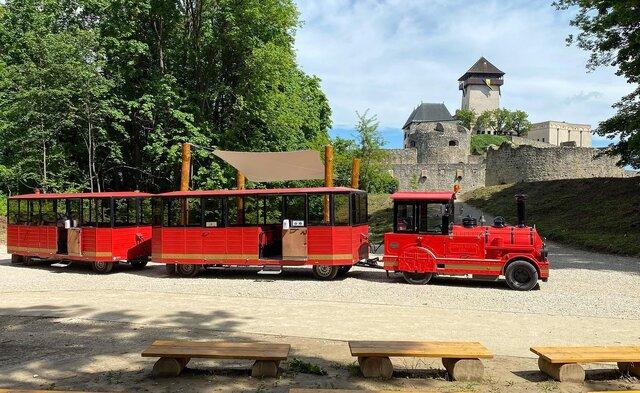 Turistický vláčik Matúš Čák