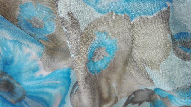Elegantné veľké šatky s jarnými motívmi  8b7a276355