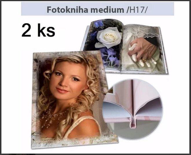 2 x Fotokniha H17 – formát A4, pevná knižná väzba (44 strán)