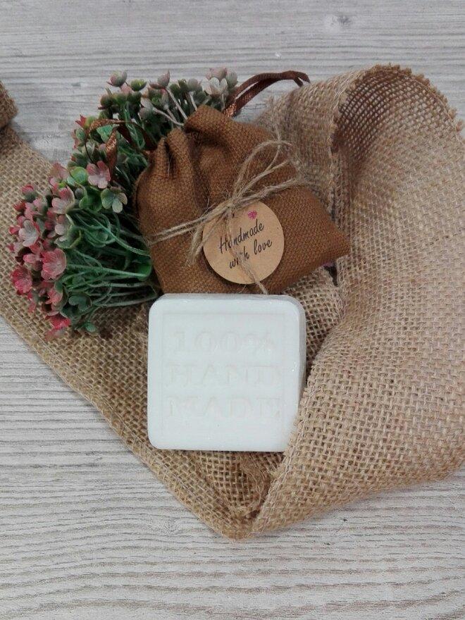 50 g Ručne vyrábané mydlo (konvalinka)
