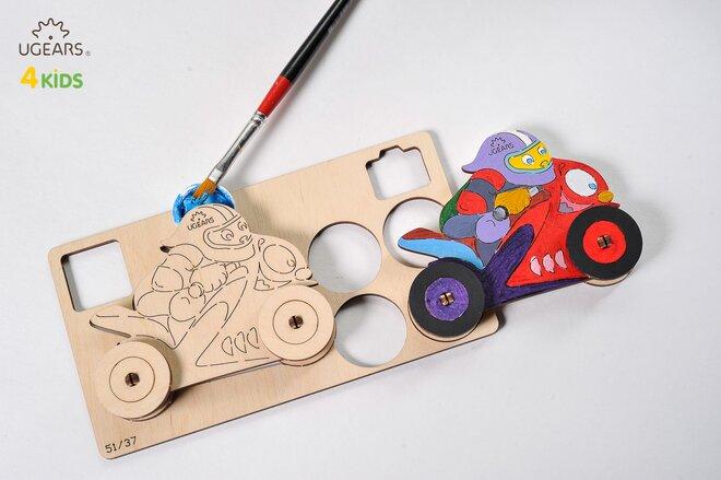 Drevené 3D vyfarbovacie puzzle (motorkár)
