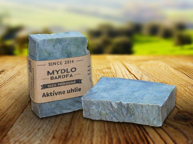 90 g Prírodné mydlo (aktívne uhlie)