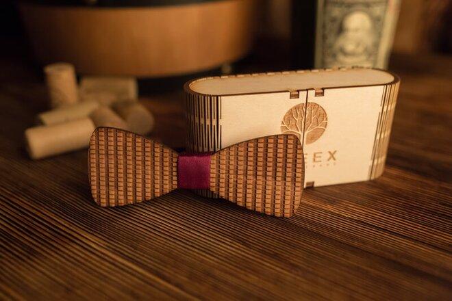 Pánsky drevený motýlik M2