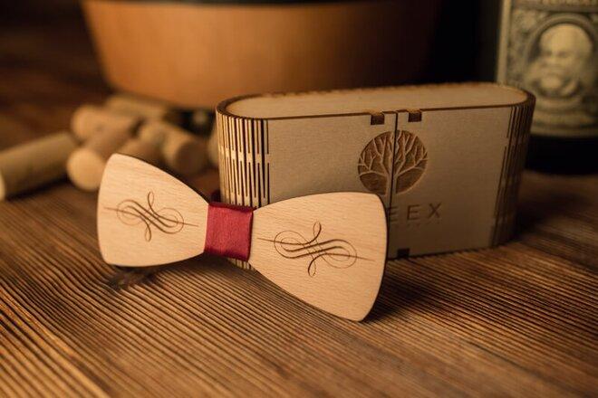 Pánsky drevený motýlik M27