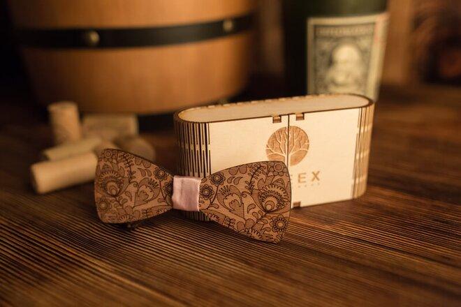 Pánsky drevený motýlik M3