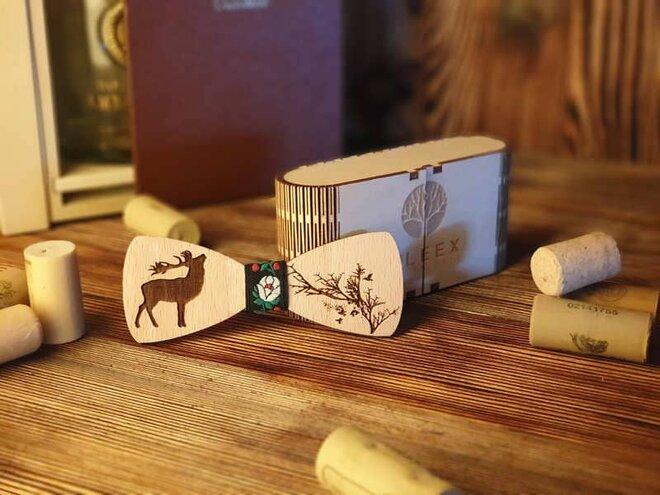 Pánsky drevený motýlik P1