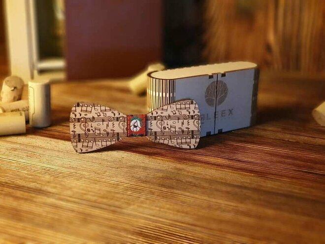 Pánsky drevený motýlik H1