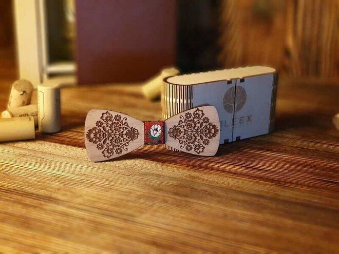 Pánsky drevený motýlik L3