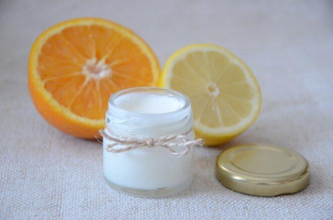 30 ml Prírodná krémová voňavka a dezodorant 2v1 (citrus)