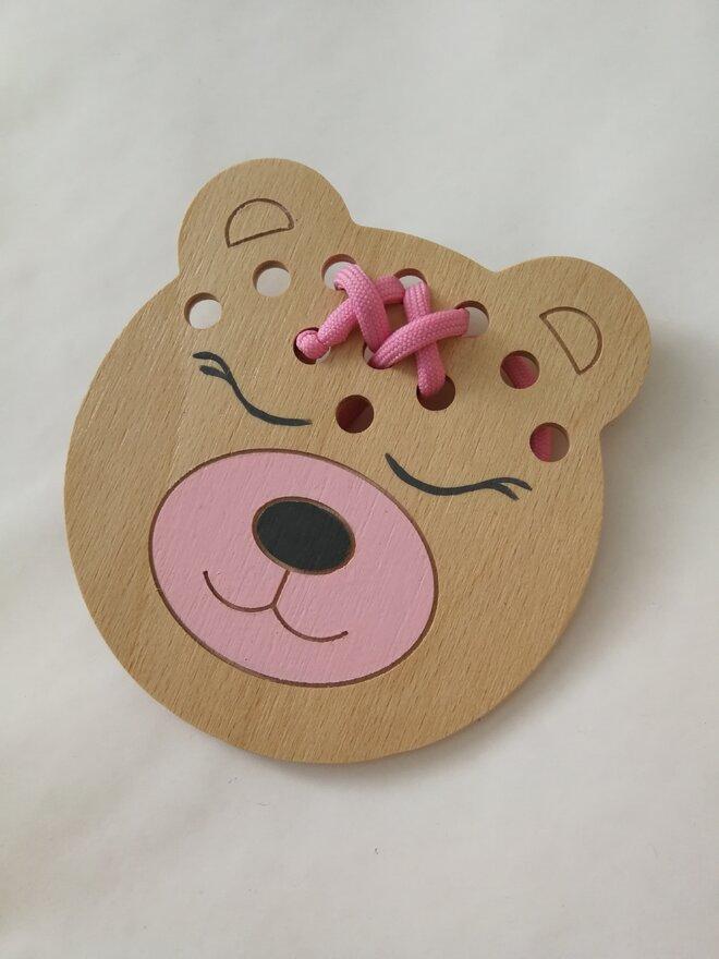 Edukačná prevliekacia hračka (ružový medvedík)