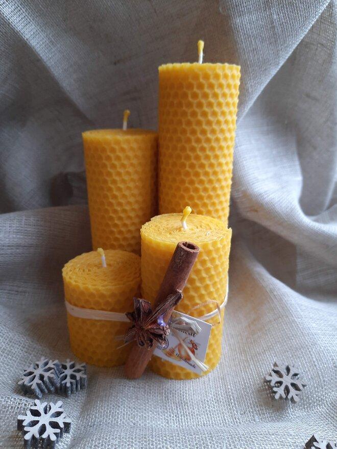 4-dielny Darčekový set točených sviečok slovenskej výroby (mix / 4,5 cm hrúbka)
