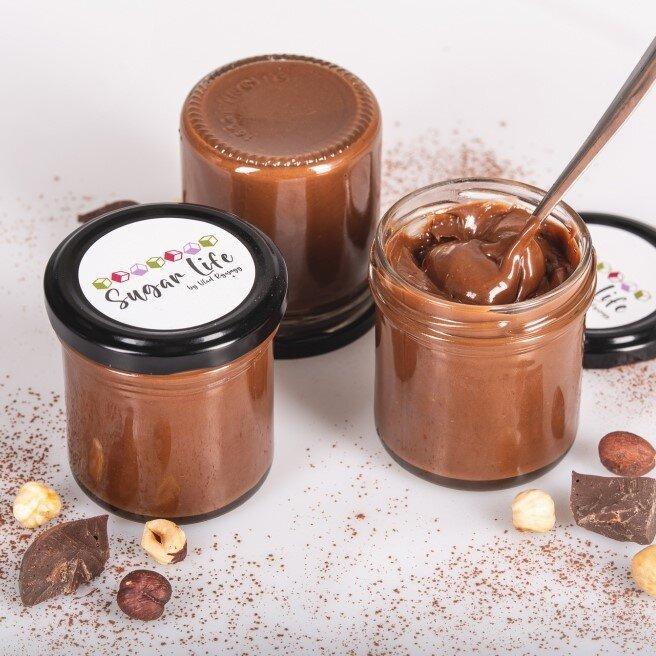 150 g Krém čokoládovo-orieškový krém (čokoláda 25 % + lieskový orech 75 %)