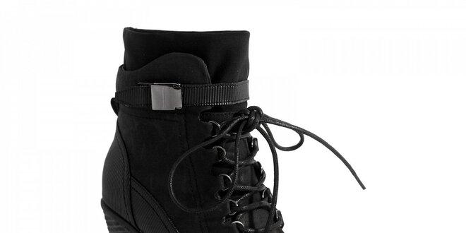 92a11852c2f0 Dámske čierne kotníkové topánky Red Hot