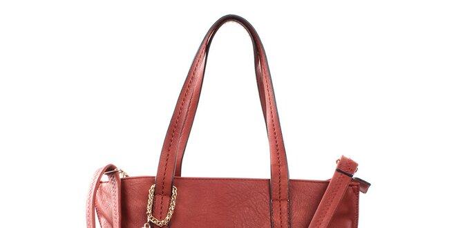 Dámska červená priestorná kabelka so strapcami Bessie