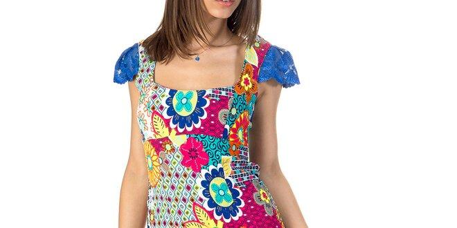 Dámske farebne vzorované šaty s rukávmi Avantgard