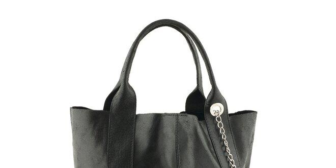 Dámska čierna kožená kabelka so strapcom Classe Regina  a2afe708945