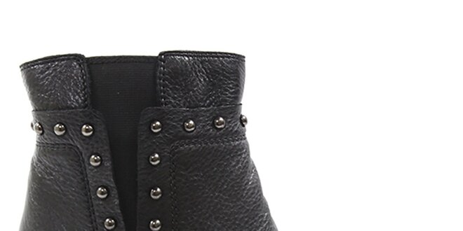 Dámske čierne členkové topánky na opätku s cvokmi Drastik