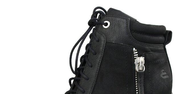 852ea88fa0 Dámske čierne šnúrovacie topánky na vysokom opätku Bullboxer ...