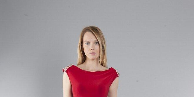 1056f33ee2f Dámske červené šaty Via Bellucci s perlami