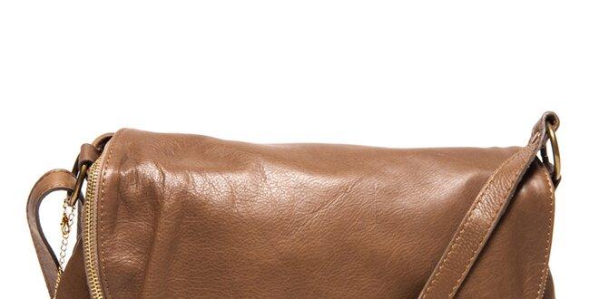 cf27f009dd Dámska hnedá kožená kabelka s príveskom a strapcom Isabella Rhea ...