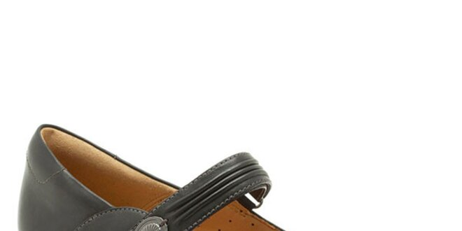 Dámske čierne topánky s remienkom cez členok Clarks