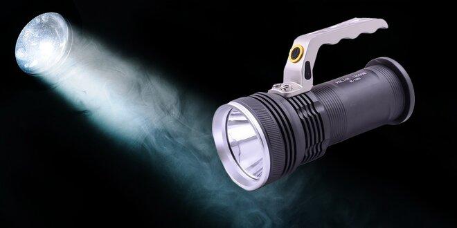 Vysoko výkonná baterka so svietidlom a praktickou rúčkou