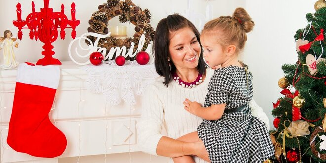 Vianočné fotografovanie detí a rodiny v ateliéri