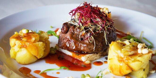Hovädzí steak alebo divinový guláš s domácou knedľou