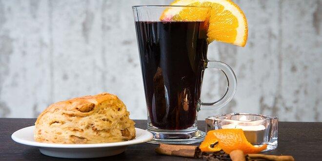 Varené vínko, čaj, rakytníkový džús, pagáč alebo koláč