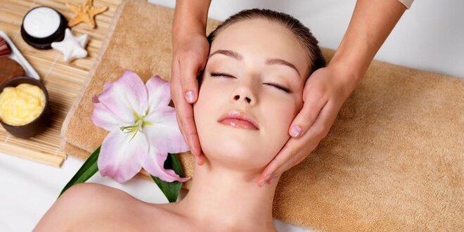 Masáž tváre a dekoltu s farbením alebo úpravou obočia