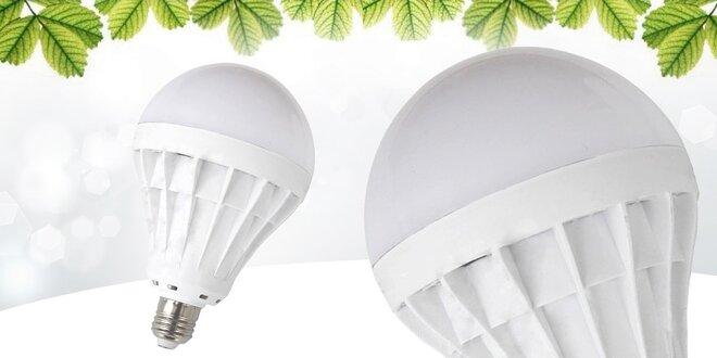 Úsporná LED žiarovka 15 alebo 18 W