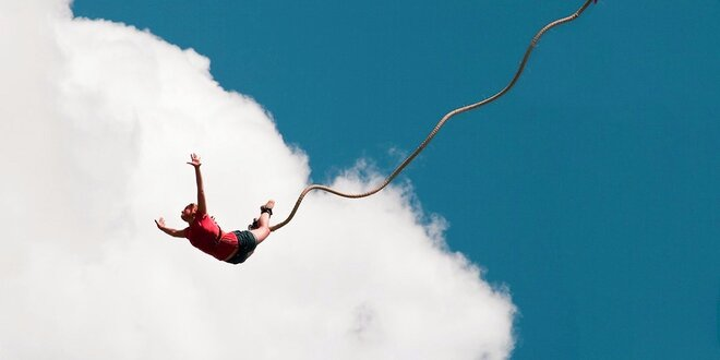 Bungee jumping zoskok až zo 60 metrov