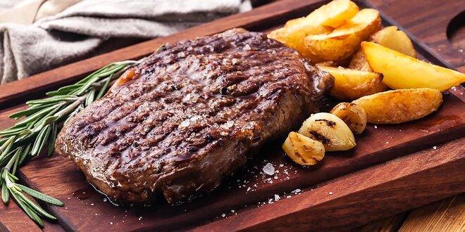 Grilovaný Ribeye steak v grillbare Podlavice
