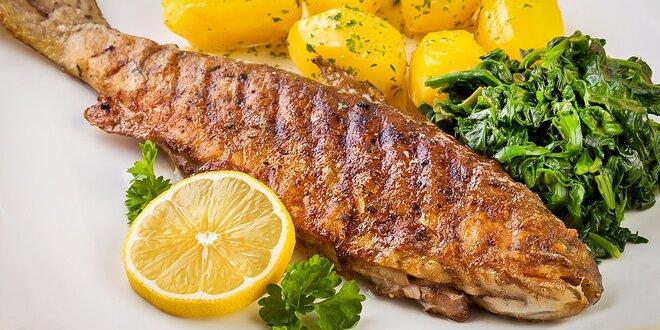 Chorvátska špecialita! Brancin na žaru, zemiaky so špenátom a zeleninová obloha!