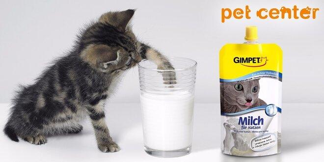 Dve plnotučné mlieka pre mačičky