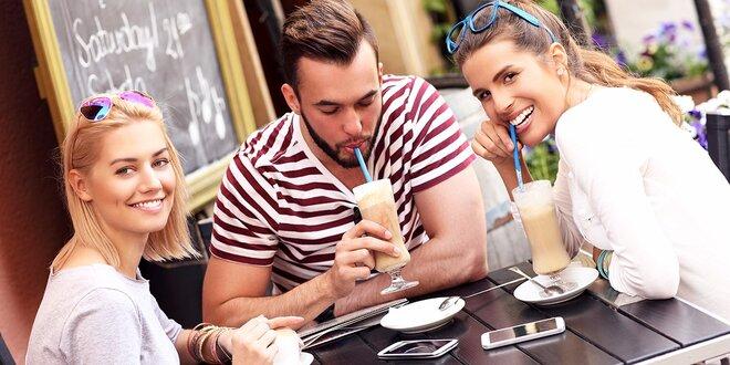 Osviežujúce Frappé alebo ľadové espresso Freddo