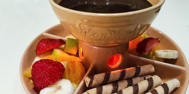 Fondue pre maškrtné jazýčky: vykúpte ovocie a sušienky v čokoláde!