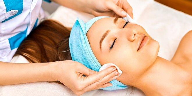 Hĺbkové čistenie pleti alebo klasická masáž tváre a dekoltu s kaviárovou maskou