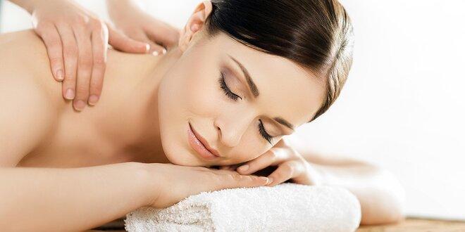 Ayurvédska masáž chrbta alebo celého tela