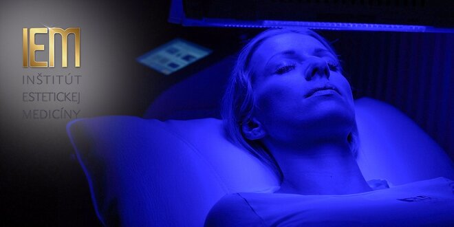 Liečba akné pomocou modrého LED svetla a inhalácie kyslíka