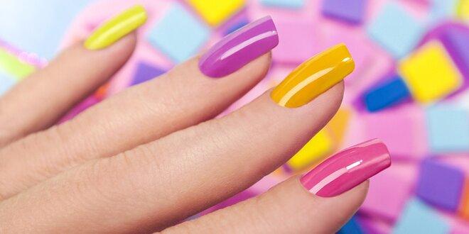 Oživte svoje ruky so Shellac manikúrou či gelovými nechtami